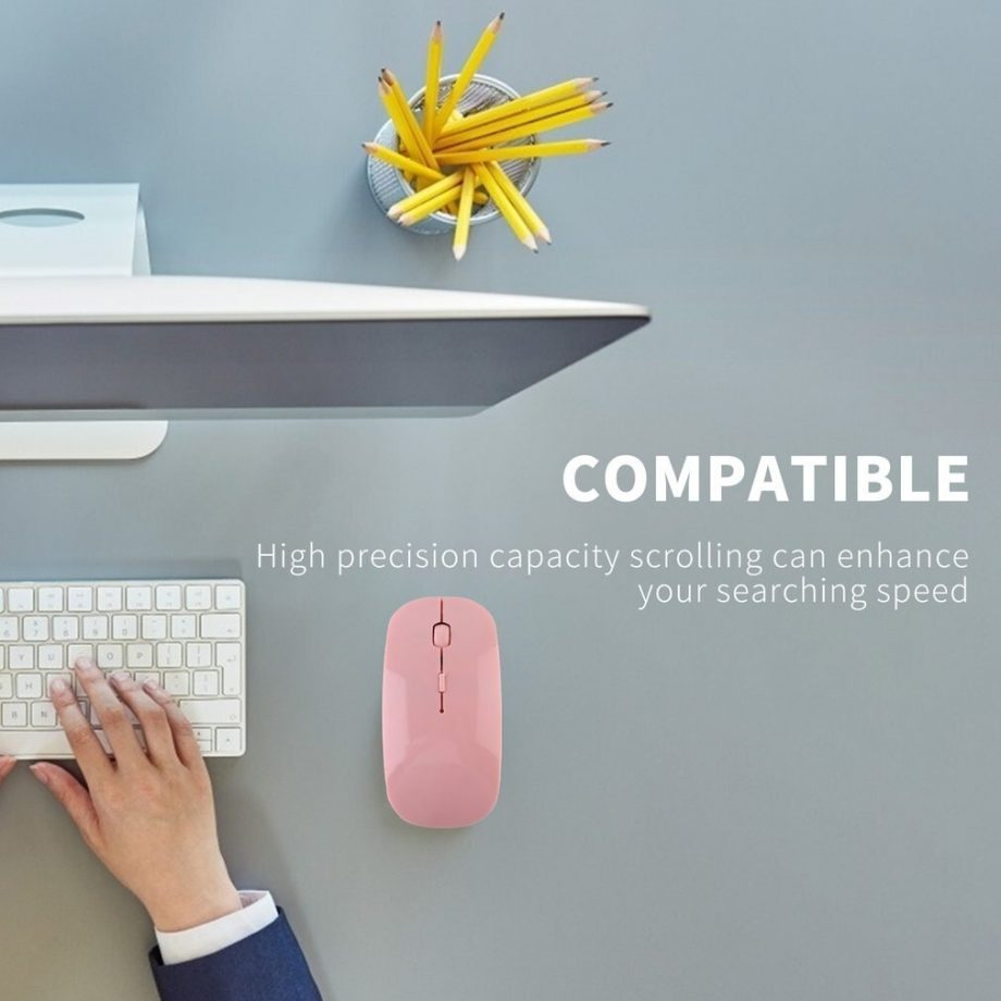 wireless mouse in use